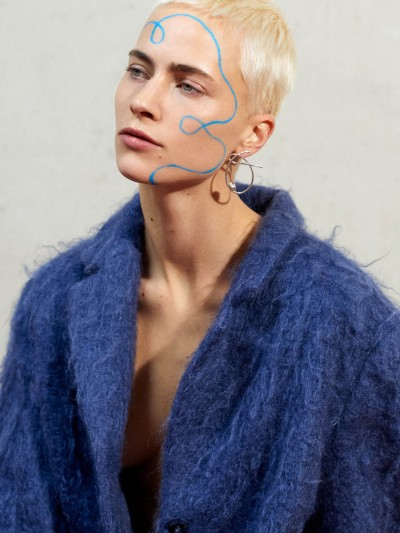 Lovesome magazine l fotografie Renee de Groot l Styling Giedre Malinauskaite l model Beate, Ulla models